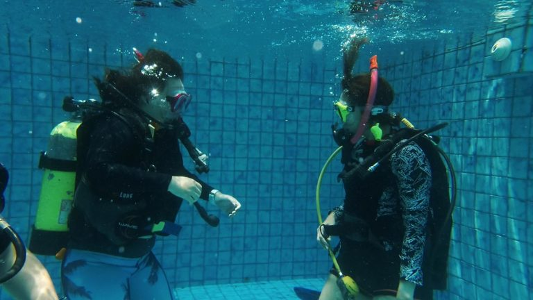 ReActivate Scuba Diving – Practice Diving in Swimming Pool Jakarta